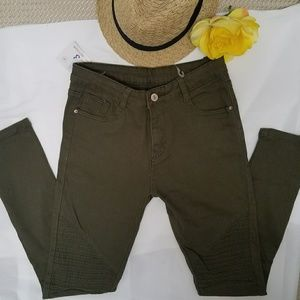 NWT Collection Women's Skinny Olive Green Sz S